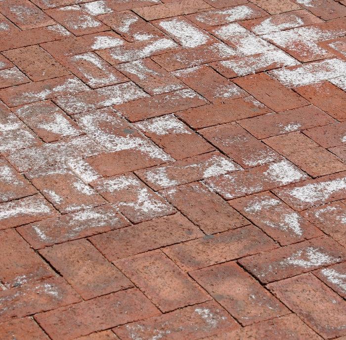 Manchas blancas en los pavimentos de hormig n qu son y for Pavimento de hormigon barcelona